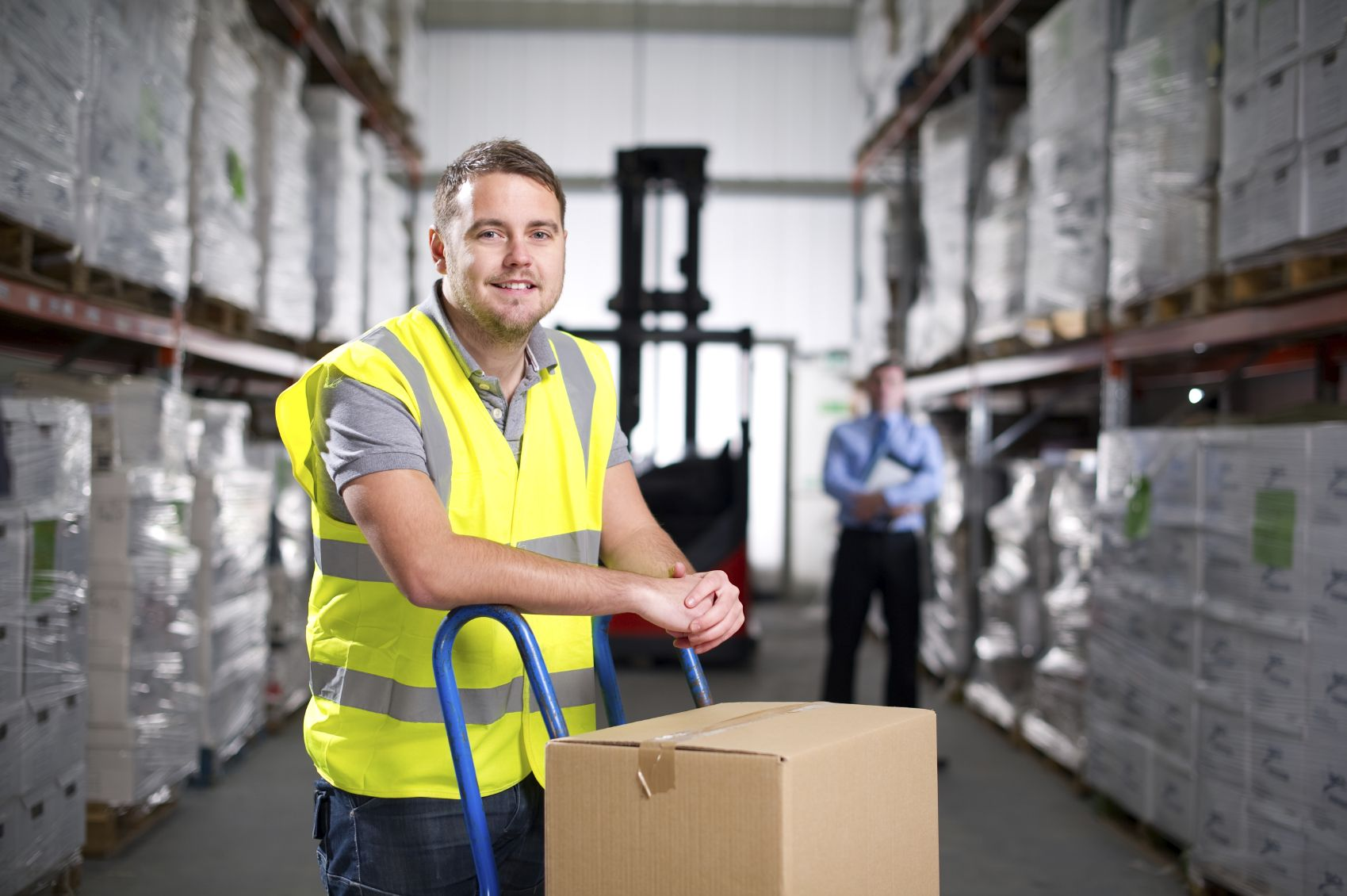 Работа в Англия / Позиция: Складови работници