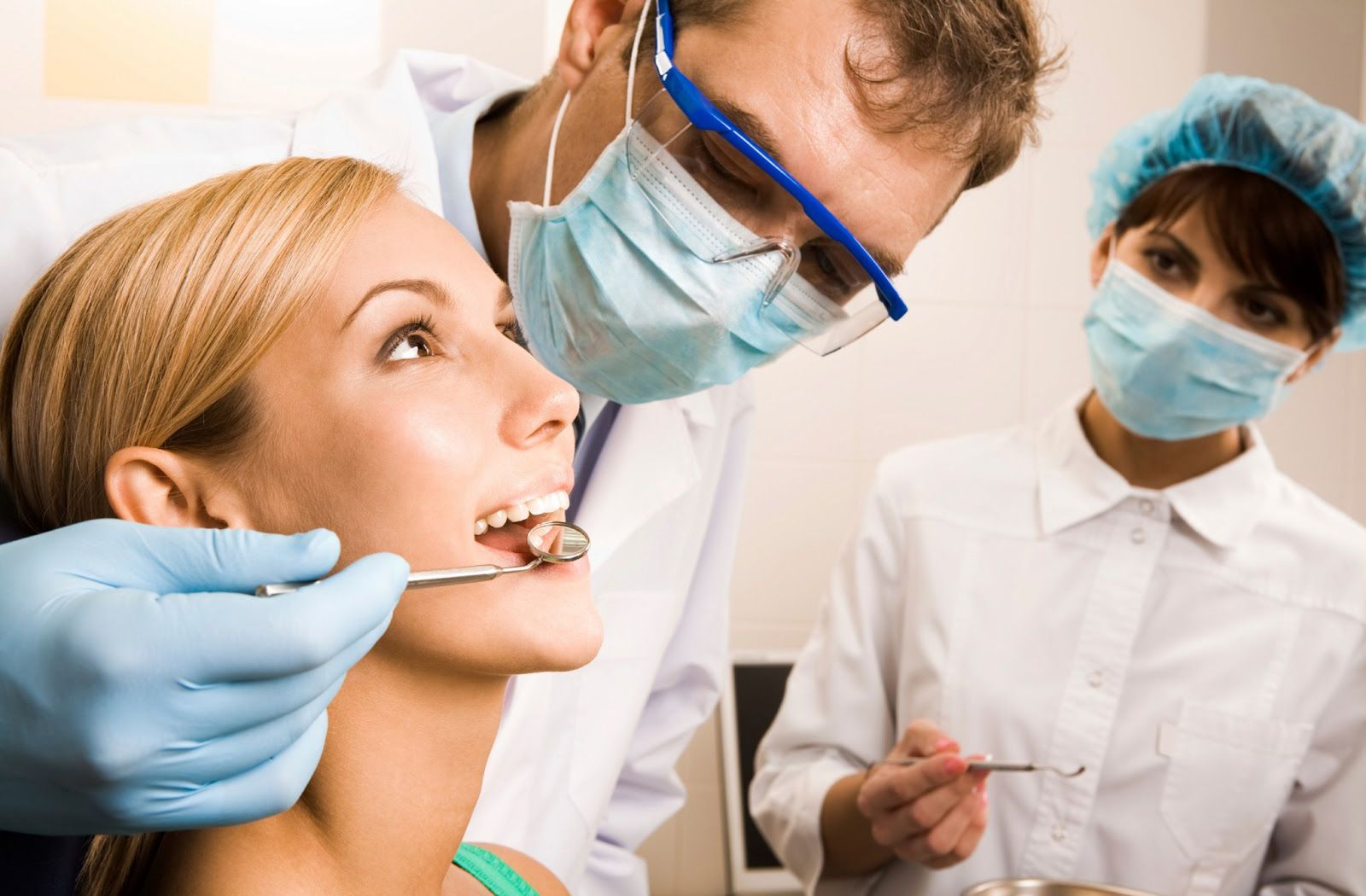 JOBS IN DENMARK / DENTISTS